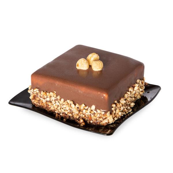 """torta monoporzione nocciola palermo gelateria yoghi mini torta <b>Torta monoporzione Nocciola, </b>con gealato artigianale nocciola. Ricoperta con glassa alla nocciola. <hr /> <img class=""""alignnone wp-image-5944"""" src=""""https://www.yoghigranitepalermo.it/wp-content/uploads/2016/11/bollino-genuini.jpg"""" alt="""""""" width=""""132"""" height=""""126"""" /> Yoghi Granite Palermo Yoghi gelati, granite Messinesi e yogurt artigianali a Palermo"""